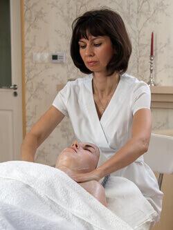 Purifying Blemish Control - Arctisztító kezelés enzimes bőrmegújítással